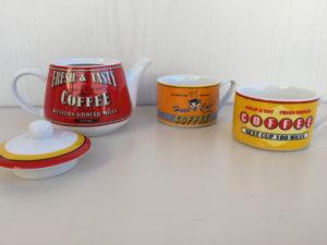 Cayos Ramponi set tea for two