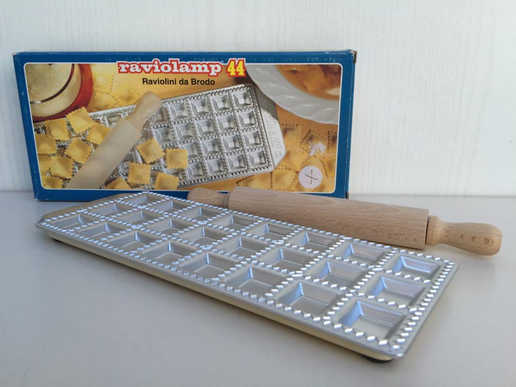 Macchine e accessori per la pasta fatta in casa paggi casalinghi - Macchine per pasta fatta in casa ...